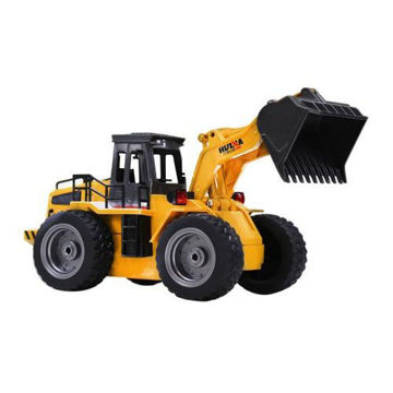 Picture of Huina 2.4 GHz RC Metal Bulldozer with 6-Channel Transmitter