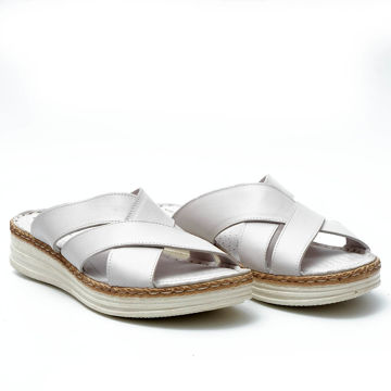 Picture of Leather Slip-On Thick Strap Slipper, White - Carton of 12